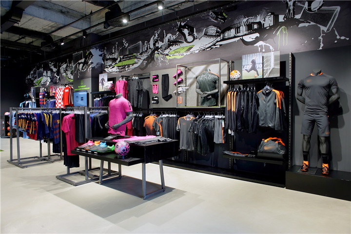Báo giá cho mẫu thiết kế shop thời trang thể thao hiện đại