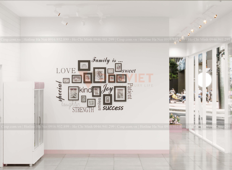 Decor cho cửa tiệm với những khung ảnh xinh xắn