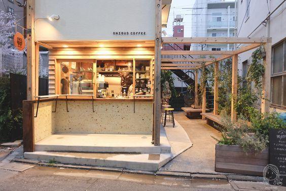 Thiết kế quán trà sữa với quầy pha chế ấn tượng
